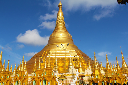 Myanmar1-golden-temple-259800-pixabay.jpg